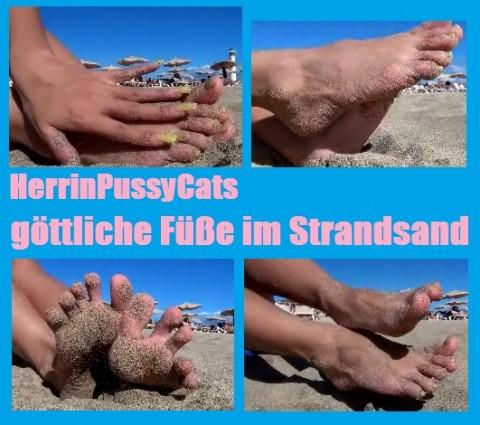 Urlaubsspecial: göttliche Füße im Strandsand