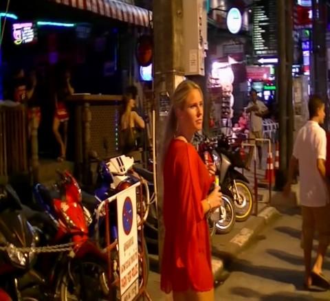THAILAND Spycam - Nutten abgeschleppt!